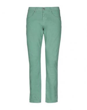 Джинсовые брюки 2 MEN. Цвет: зеленый