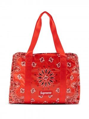 Маленькая дорожная сумка с принтом Supreme. Цвет: красный