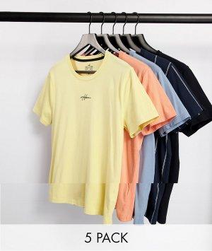 Набор из пяти футболок разных цветов с небольшим логотипом в центре -Многоцветный Hollister