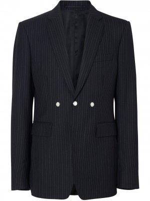 Пиджак строгого кроя с кнопками Burberry. Цвет: черный
