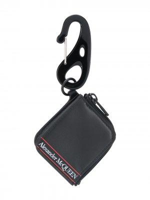 Кошелек с брелком и логотипом Alexander McQueen. Цвет: черный