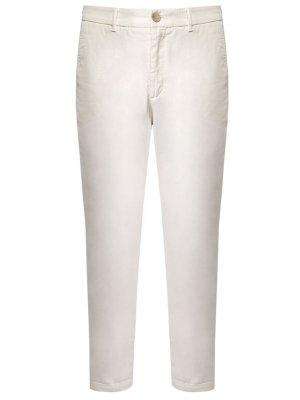 Хлопковые брюки чинос BOSS. Цвет: белый