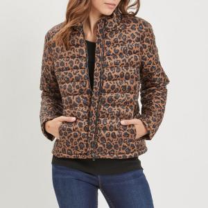 Куртка стеганая короткая с леопардовым принтом VILA. Цвет: леопардовый рисунок