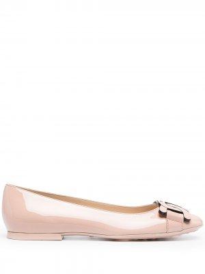 Tods лакированные туфли с цепочкой Tod's. Цвет: розовый