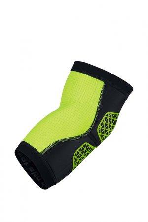 Бандаж для локтя Pro Combat Nike. Цвет: черный