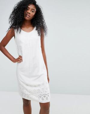 Пляжное платье без рукавов с вышивкой ришелье Anmol. Цвет: кремовый