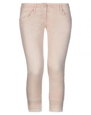 Джинсовые брюки-капри BETTY BLUE. Цвет: светло-розовый