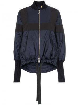 Двухцветная куртка-бомбер Monrovia с асимметричным подолом Moncler. Цвет: синий
