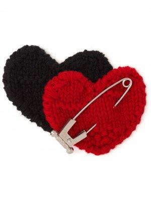 Вязаная брошь в виде сердец Prada. Цвет: красный