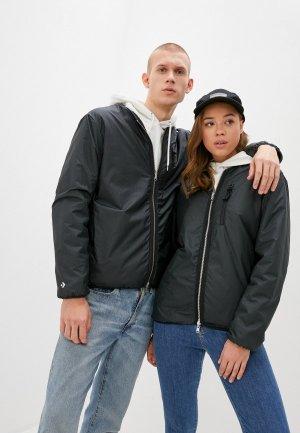 Куртка Converse. Цвет: черный