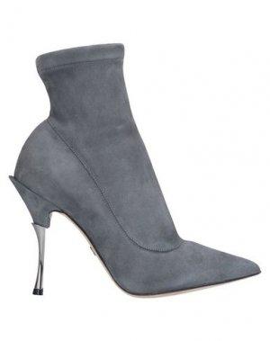 Полусапоги и высокие ботинки DOLCE & GABBANA. Цвет: серый