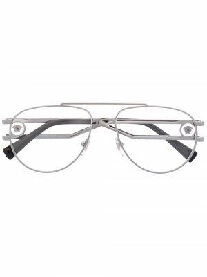 Солнцезащитные очки VE1260 с декором Medusa Versace Eyewear. Цвет: серебристый