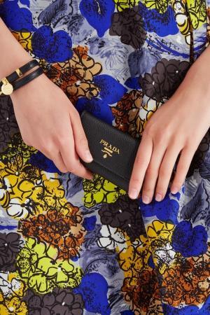 Кожаная ключница Prada. Цвет: multicolor
