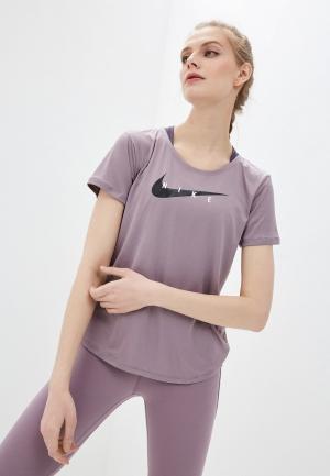 Футболка спортивная Nike W NK SWOOSH RUN TOP SS. Цвет: фиолетовый