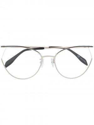 Очки в оправе кошачий глаз Alexander McQueen Eyewear. Цвет: серебристый