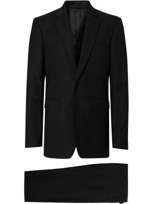 Классический костюм Burberry. Цвет: черный