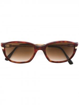 Солнцезащитные очки в овальной оправе Yves Saint Laurent Pre-Owned. Цвет: коричневый