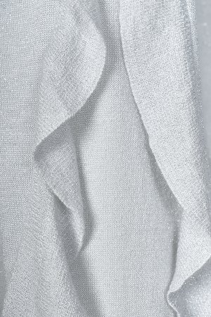 Светло-серый пуловер с оборками на рукавах Patrizia Pepe