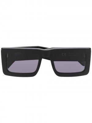 Солнцезащитные очки в квадратной оправе из коллаборации с RSF Marcelo Burlon County of Milan. Цвет: черный