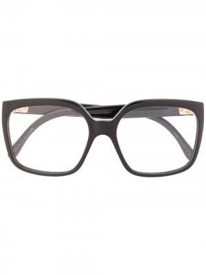 Очки в массивной квадратной оправе Fendi Eyewear. Цвет: черный