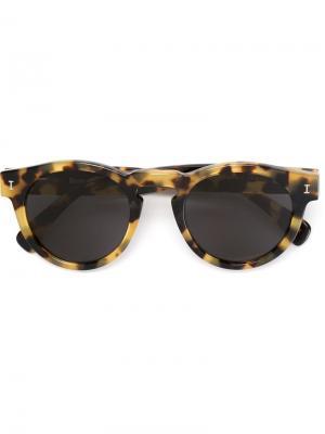 Солнцезащитные очки Leonard Illesteva. Цвет: телесный