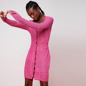 Платье однобортный вязаный SHEIN. Цвет: ярко-розовый