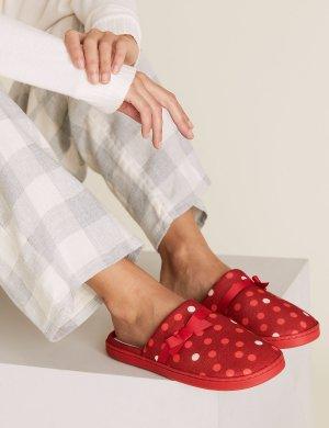 Тапочки-мюли в горошек M&S Collection. Цвет: красный микс