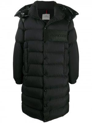 Дутое пальто со съемным капюшоном Moncler. Цвет: черный