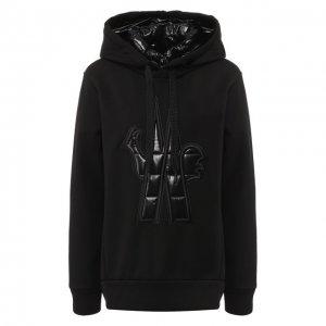 Однотонный пуловер с капюшоном Moncler. Цвет: чёрный