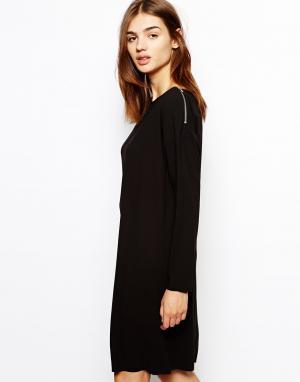 Платье с молниями на плечах BZR. Цвет: черный