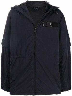 Куртка с капюшоном и нашивкой-логотипом MCQ. Цвет: черный
