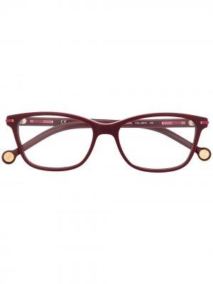 Очки в прямоугольной оправе Carolina Herrera. Цвет: красный