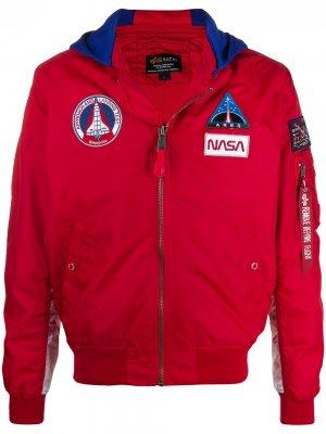 Куртка MA-1 TT NASA с капюшоном Alpha Industries. Цвет: красный