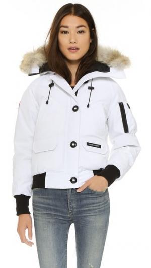 Куртка-бомбер Chilliwack Canada Goose. Цвет: белый