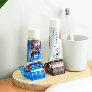 Ручной соковыжималка для зубной пасты случайного цвета 1шт SHEIN. Цвет: многоцветный