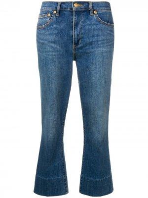 Укороченные джинсы с эффектом потертости Tory Burch. Цвет: синий