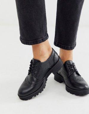 Черные броги на массивной подошве со шнуровкой -Черный London Rebel