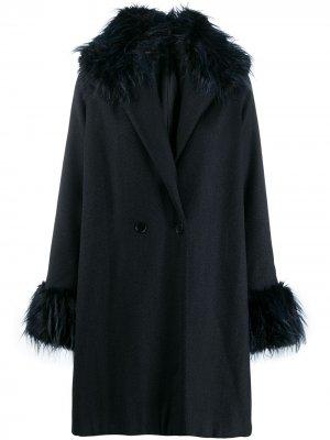 Пальто 1990-х годов с меховой отделкой Romeo Gigli Pre-Owned. Цвет: синий