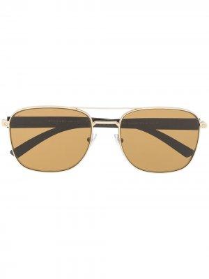 Солнцезащитные очки с затемненными линзами Bvlgari. Цвет: золотистый