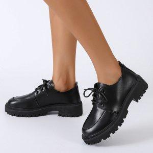 Оксфорды со шнурком на платформе SHEIN. Цвет: чёрный