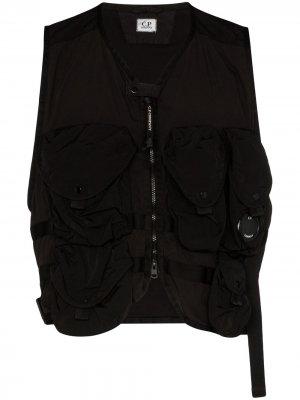 Жилет с накладными карманами C.P. Company. Цвет: черный
