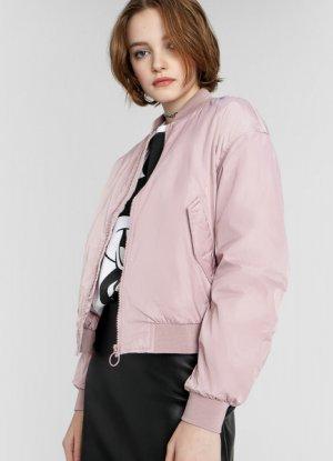 Базовый короткий бомбер O`Stin. Цвет: холодный розовый