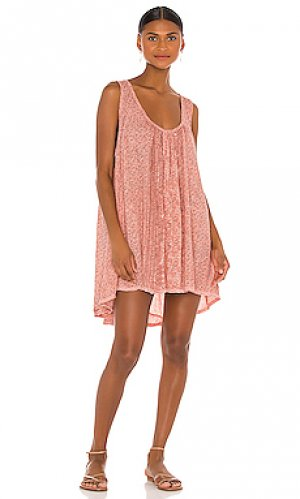 Мини платье mess around Free People. Цвет: peach