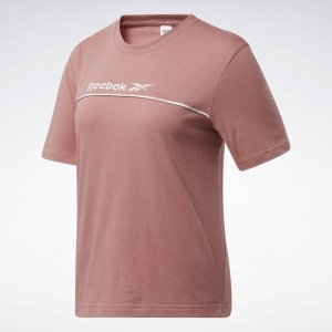 Футболка Classics Linear Reebok. Цвет: sandy rose