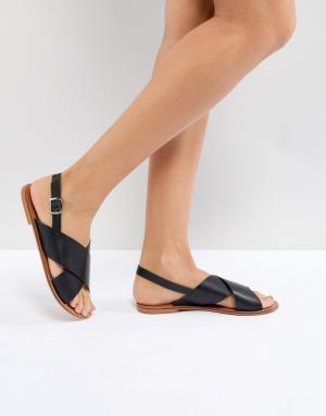 Кожаные сандалии ASOS FLICKER DESIGN. Цвет: черный