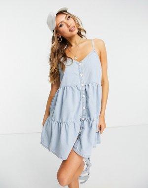 Голубое джинсовое платье с присборенной юбкой -Голубой In The Style