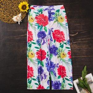 Пляжные брюки с цветочным рисунком SHEIN. Цвет: многоцветный