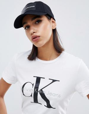 Джинсовая кепка с логотипом Calvin Klein Jeans. Цвет: черный