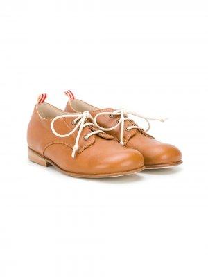 Туфли на шнуровке Pèpè. Цвет: коричневый