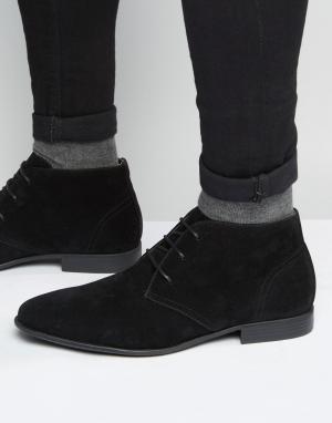 Черные ботинки чукка из искусственной замши ASOS DESIGN. Цвет: черный